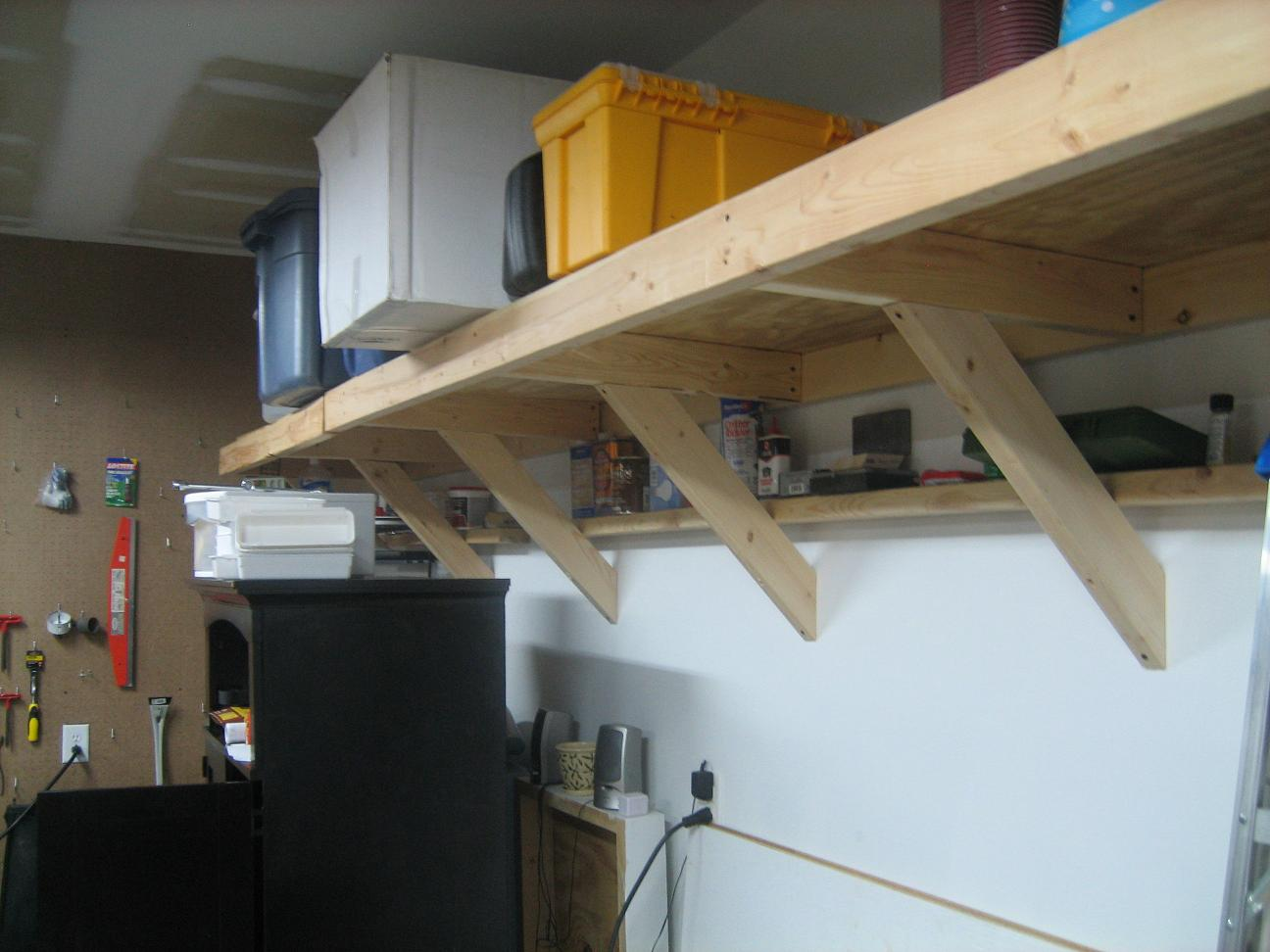This was an early picture, without the other shelving unit.